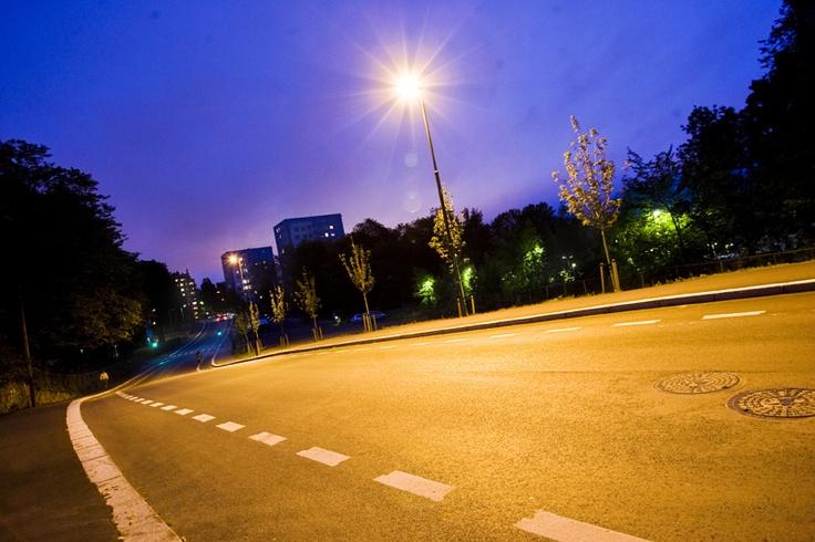 Environmentally friendly - Street #lighting and  #cyclelane Oslo