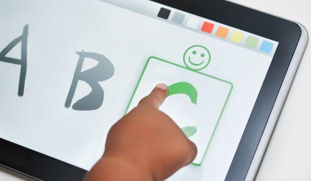 Cinco aplicaciones para divertirse aprendiendo ortografía - Repaso de verano - aulaPlaneta