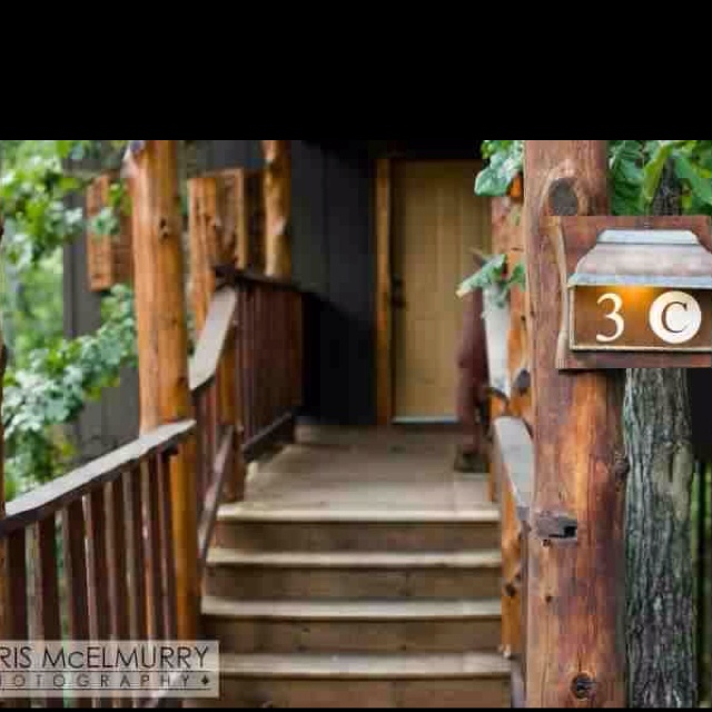 1000 images about cottages and cabins eureka springs ar for Honeymoon cabins in arkansas