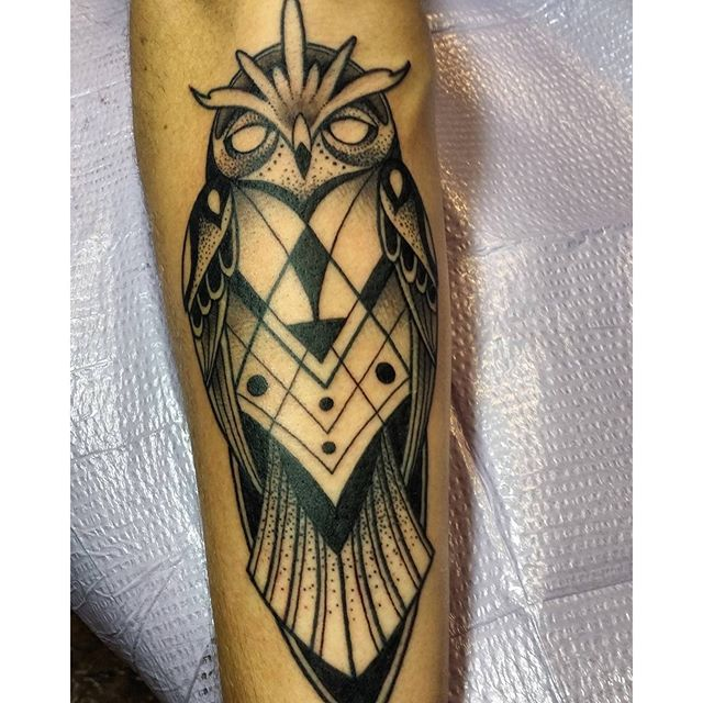 The 25 best traditional owl tattoos ideas on pinterest for Famous tattoos fort myers