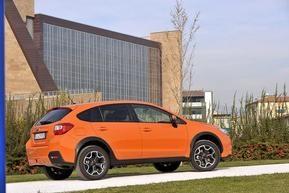 SUBARU XV adatta agli amanti del 4x4 e a coloro che ricercano in un'auto funzionalità, praticità e versatilità.  A partire da 22.900 euro nella versione 1.6 benzina DUAL RANGE COMFORT