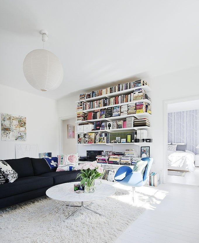 Elfa living room bookshelf