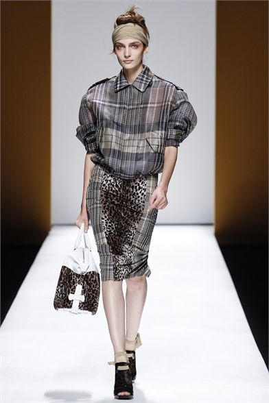 Max Mara - Spring Summer 2013 Ready-To-Wear - Shows - Vogue.it