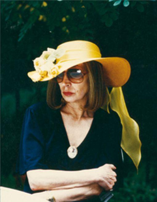 L'ultimo servizio fotografico a Oriana è quello di Oliviero Toscani del 1990, in occasione dell'uscita di Insciallah (3) - Foto - Oriana Fallaci