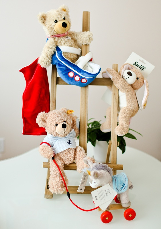 Too cute sailor-themed teddy bear from Steiff. Available at Notting-Hill.ca.  Enter to win a $ 300 #NottingHill gift card http://theprov.in/nottingcontest #contest