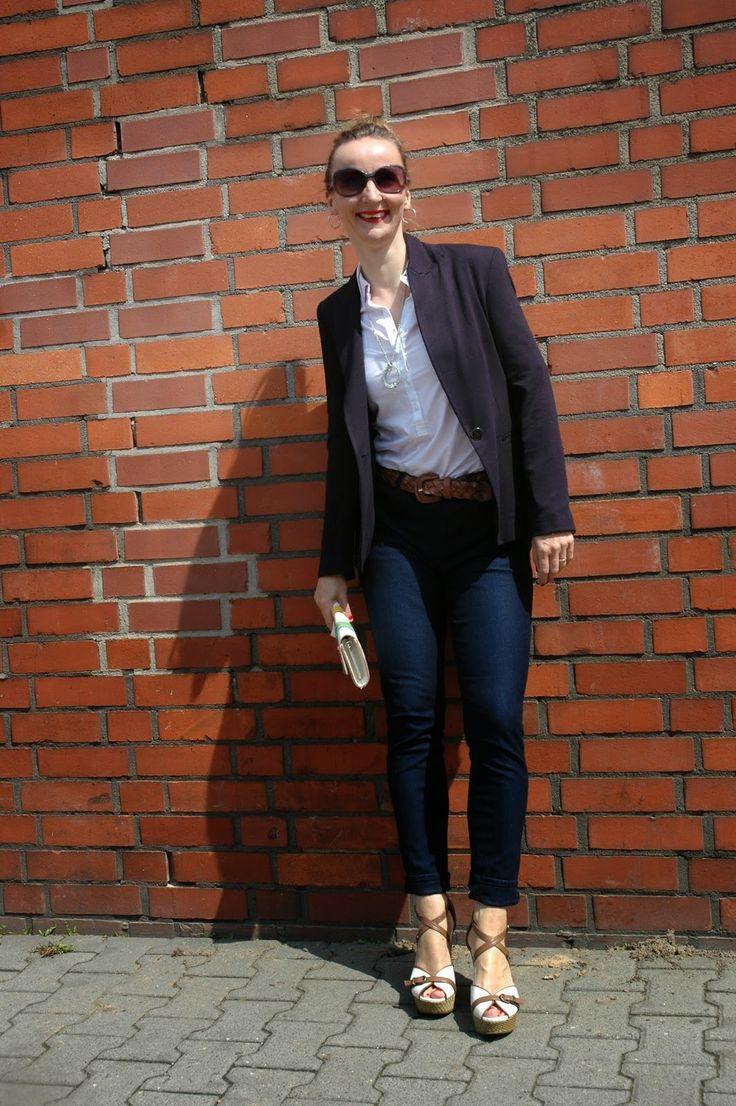Ocean Blue Style: Elegance&Ease:  Blazer, Pants & Shirt #zara#uniqlo #fashionblogger