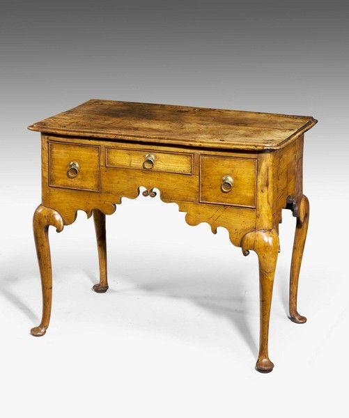 18th Century Fruit-wood Lowboy 1730 Art & Antiques Online - CINOA