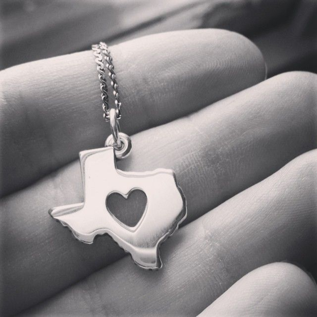 Repin if your heart belongs to Texas. - James Avery customer photo #jamesavery #texas