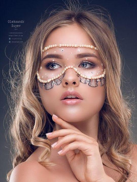 """Bayan modellerimizden; 1.79 boyunda 36 beden Mavi gözlü,kahverengi saçlıdır.""""Kamila"""" şehirdedir.Diğer resimleri görmek için linke tıklayanız.bit.ly/2dItIoA"""