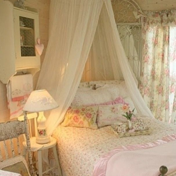 17 best images about shabby chic on pinterest home decor shabby bedroom and shabby chic. Black Bedroom Furniture Sets. Home Design Ideas