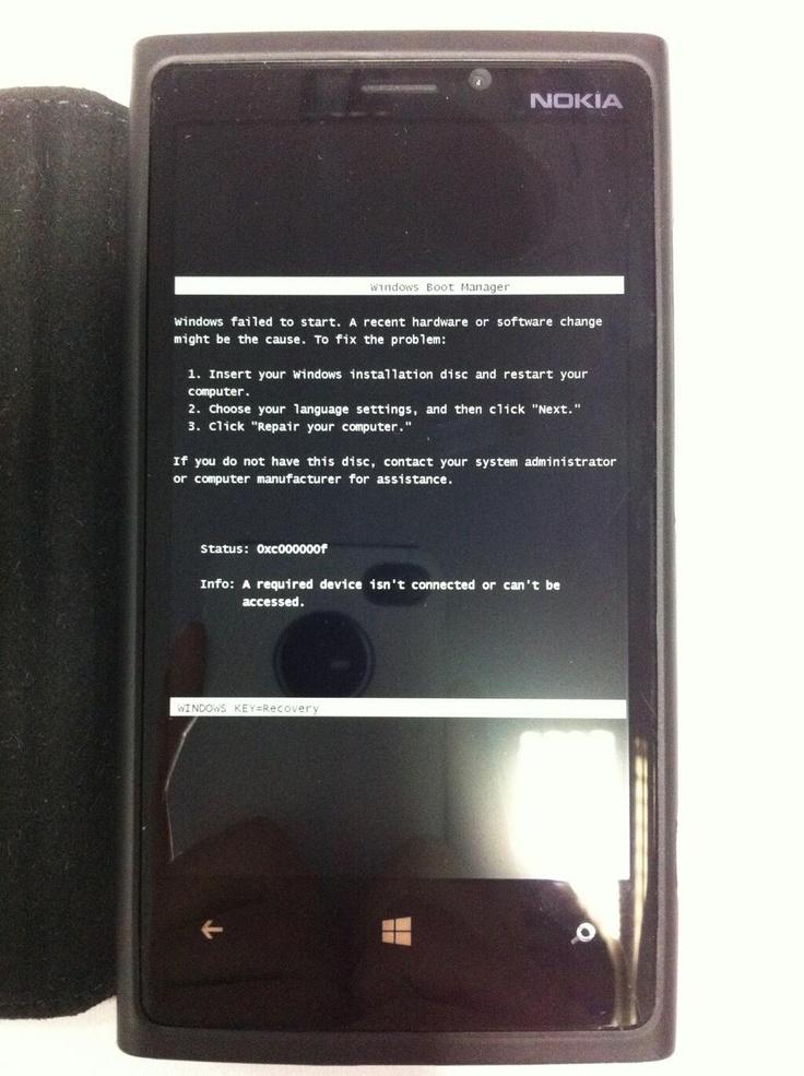 Lumia blackscreen. From https://twitter.com/DJLazyDuke/status/312496869056053249
