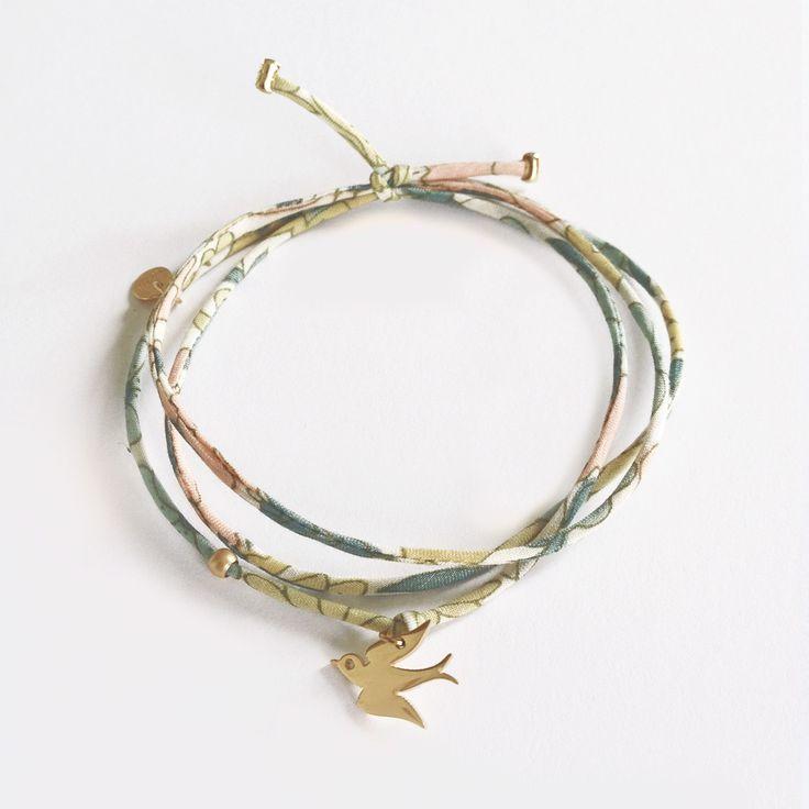 Bracelet Hirondelle et Liberty. Création ticha. http://ticha.bigcartel.com/