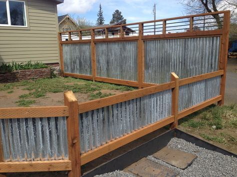 Corrugated Metal And Rebar Full Fence And Half Fence