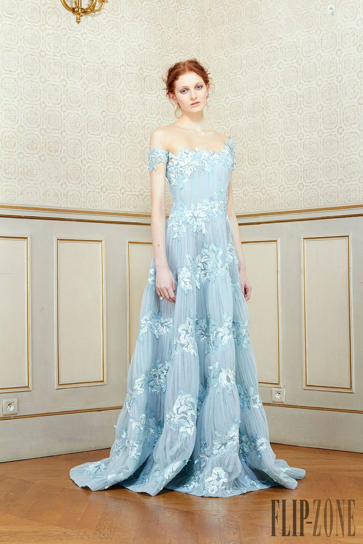 373 best Gorgeous Gowns 2 of 3 images on Pinterest | Beautiful gowns ...