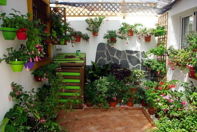 M s de 25 ideas nicas sobre macetas para colgar en for Decoracion de patios con macetas