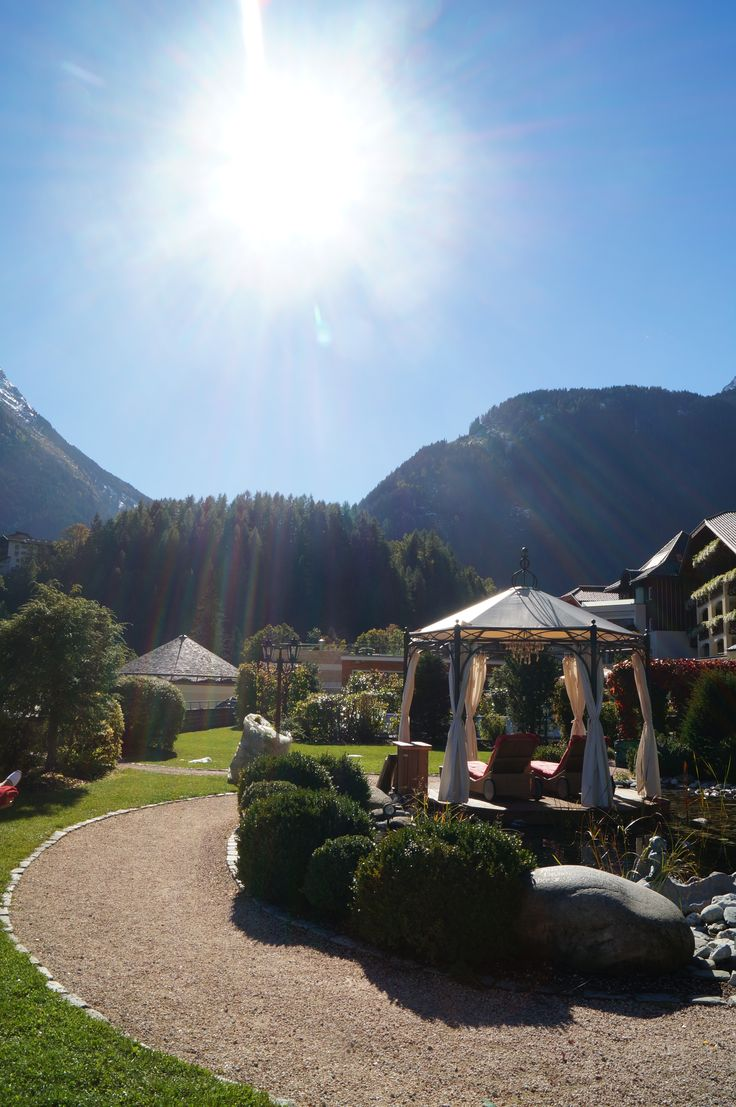 ...beautiful Autumn-Afternoon in Tyrol! Awesome!!! #STOCK*****resort