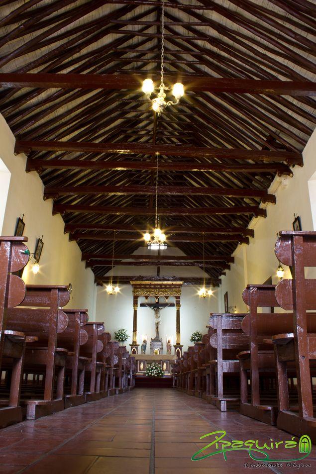 Caminamos por la Capilla del Cedro y sentimos en la piel el pasado histórico de nuestra tierra, queremos que tu también sientas a #Zipaquirá Realmente Mágica. #Zipaquiráturistica #FestivalSalinero2015 #Colombia #larespuestaesCOlombia