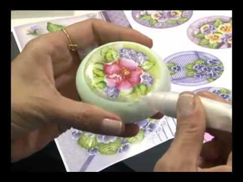 Mulher.com 08/07/2011 - Lili Negrão - Pintura em sabonete - YouTube