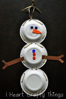 This would be a great craft to use with Snowballs by Lois Ehlert, Paper Plate Snowman with Lacing Practice