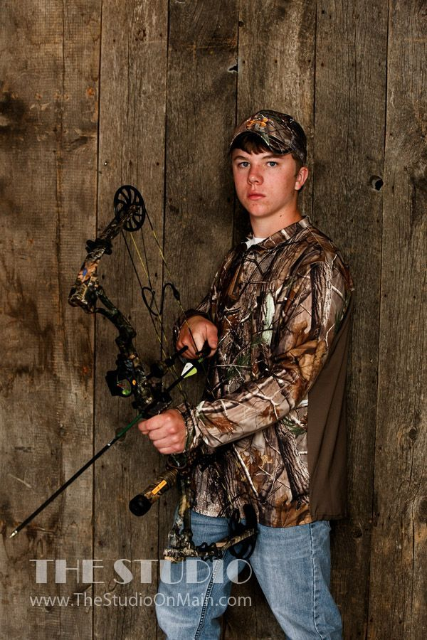 Senior Portrait / Photo / Picture Idea - Guys / Boys - Hunting - Archery - Bow