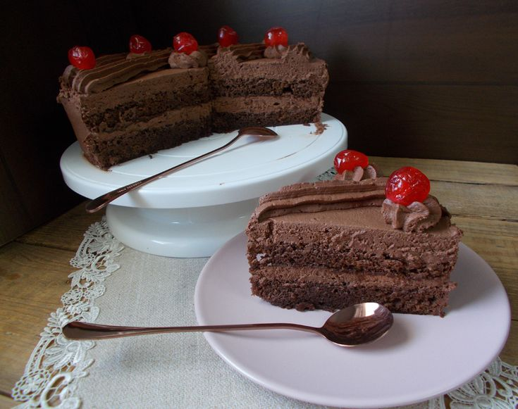 Πριν από μερικές ημέρες είχα γενέθλια εγώ και το blog μου. Ε τι ποιο πρέπον από το να κάνουμε μια ωραία τούρτα. Τούρτα από τα παλ...