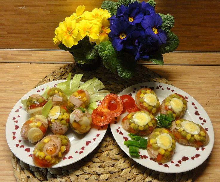 Velikonoční aspik   recept. Velikonoce se blíží a při pečení mazanců, beránků a jiných pochoutek se hodně potřebují vejce. Dn