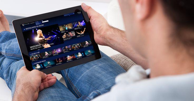 http://ift.tt/2gQaZvW http://ift.tt/2g8mUkW  Se lanza en Argentina GoMusic la nueva plataforma que revoluciona la industria musical.  Se presenta en nuestro país GoMusic una nueva plataforma Over The Top (OTT) que busca trasmitir una experiencia única en el mundo de la música. Esta plataforma que también se presenta en Chile y México y que próximamente se lanzará en Brasil Colombia y Costa Rica permite disfrutar recitales en vivo VOD y en 360 desde cualquier lugar. También permite elegir…