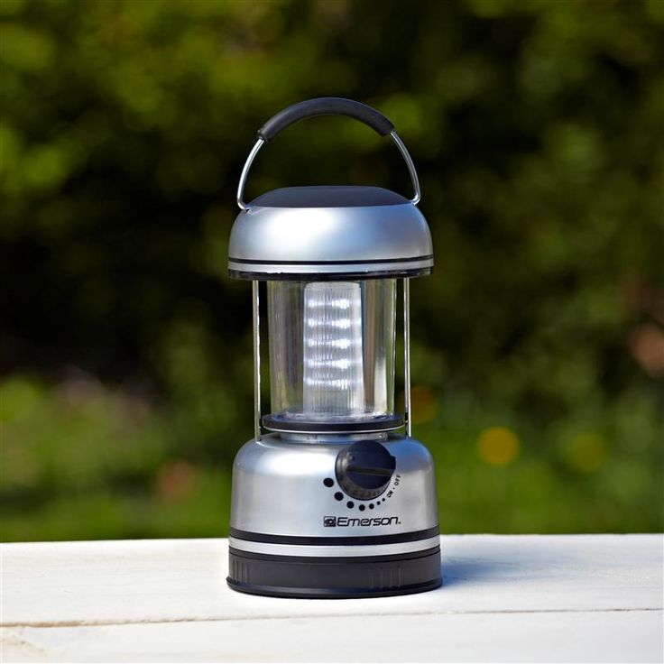 This bright LED lamp is ideal for the workshop, auto emergencies, power outages, camping and entertaining.