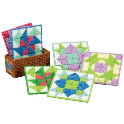 Craftways 174 Quilt Block Coasters With Holder Plastic Canvas