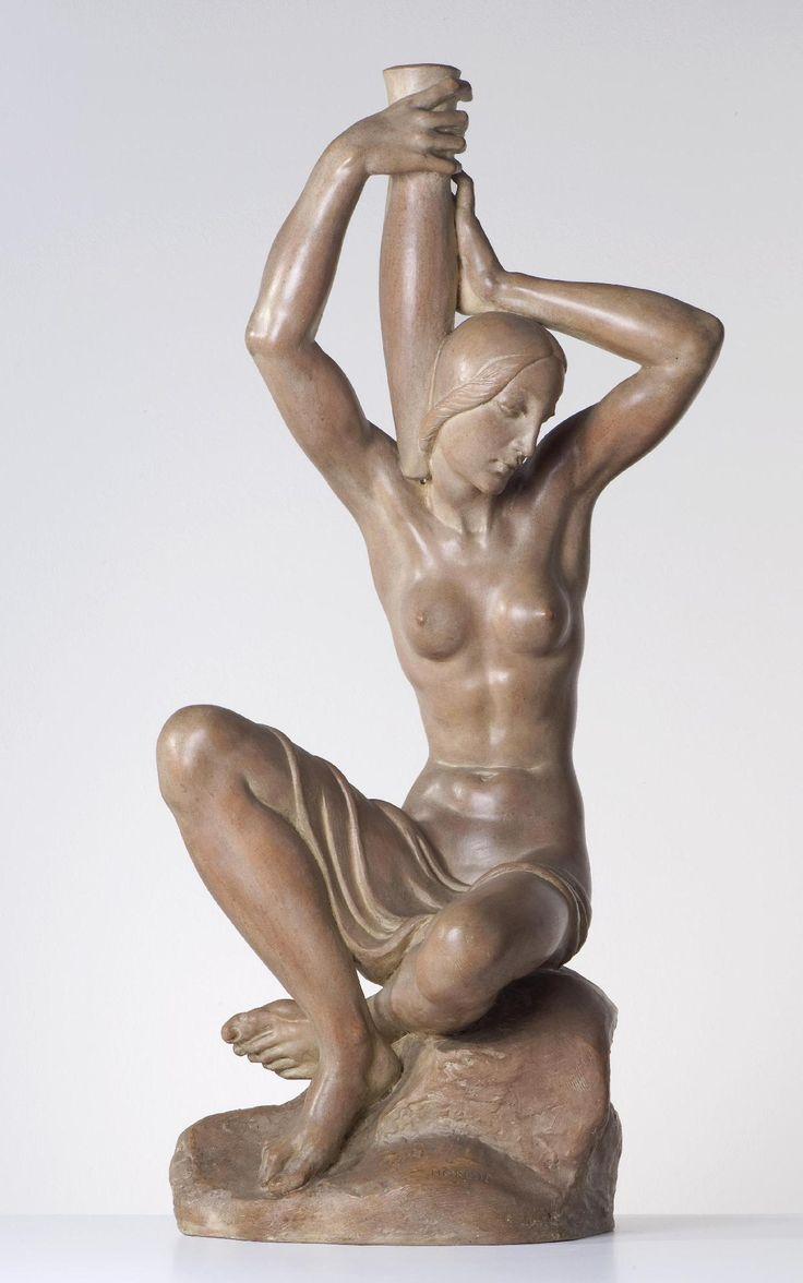 Horejc Jaroslav: Žena s amforou, 1938