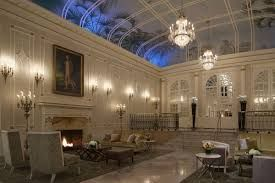 Le hall du Ritz Carlton.