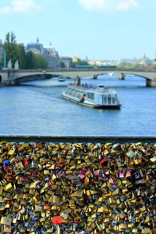 Lock Love Bridge, Paris - things you see as a travel blogger!