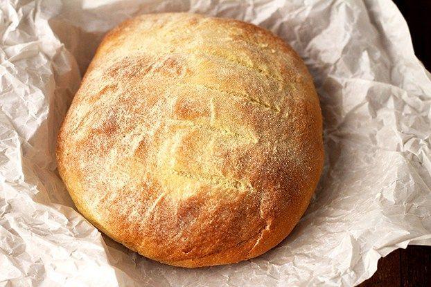 Eu sempre falo para vocês sobre meu amor por preparar pães em casa, nada melhor do que o aroma que se espalha por cada cantinho da nossa casa, depois vem aquele sabor único, gostinho de comida de verdade. Pão é...