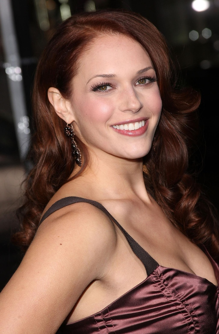 27 Best Actress Amanda Righetti Images On Pinterest