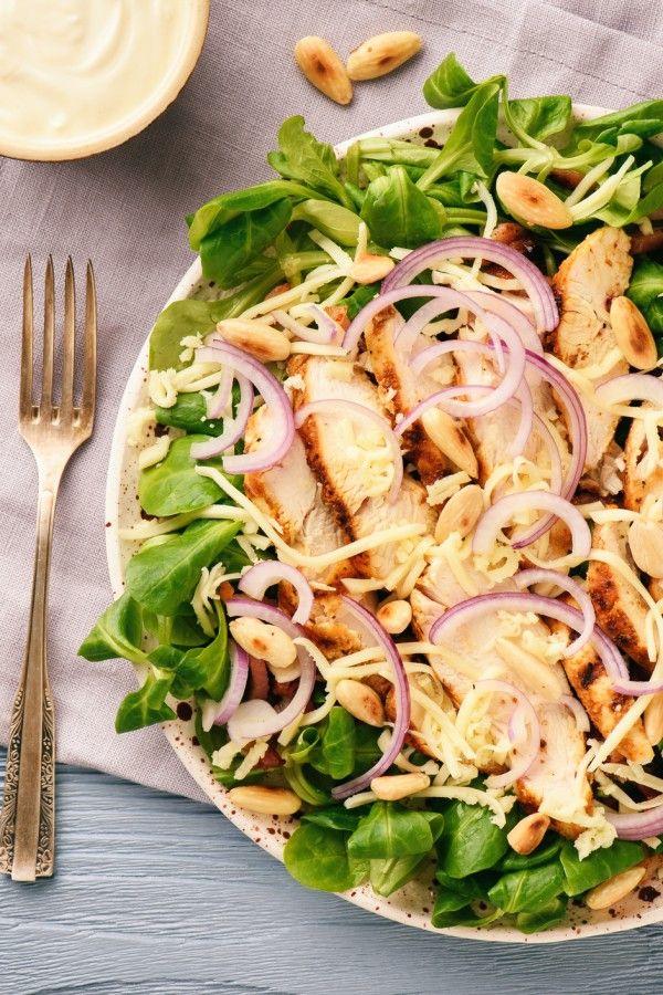 Feldsalat mit Speck und Hähnchenbrust – Swetlana Friesen