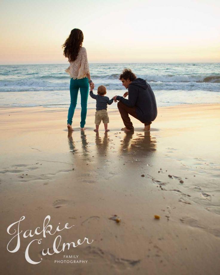 Family photo session at the beach. © Jackie Culmer Photography – Irina Hammel