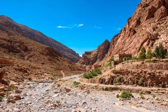 Nieuw in mijn Werk aan de Muur shop: Rivierbedding van de Todrakloof, Marokko