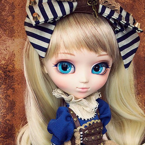 P-151 : Pullip Al... is now available for order! Check it out on our website! http://bigheaddolls.com/products/p-151-pullip-alice-in-steampunk-world?utm_campaign=social_autopilot&utm_source=pin&utm_medium=pin