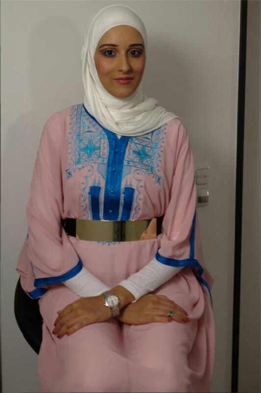 Ben Guefrache Fatma, 25 years old from Tunisia. View her full biography and vote her to be The World Muslimah 2014. http://tinyurl.com/wma2014-09061418 #nominee #onlineaudition #WorldMuslimah2014