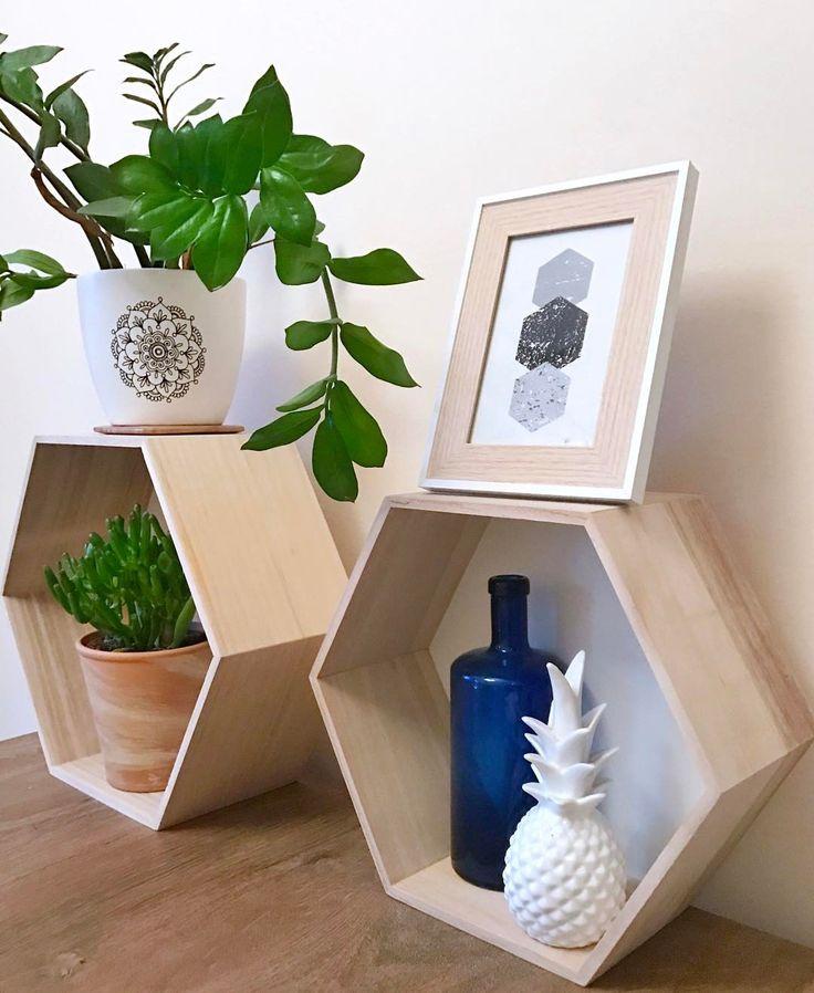 """51 kedvelés, 5 hozzászólás – Emese (@twinstahome) Instagram-hozzászólása: """"Hatszög szeglet#hexagon#diningroom#succulents #plant#ananas#bohostyle…"""""""