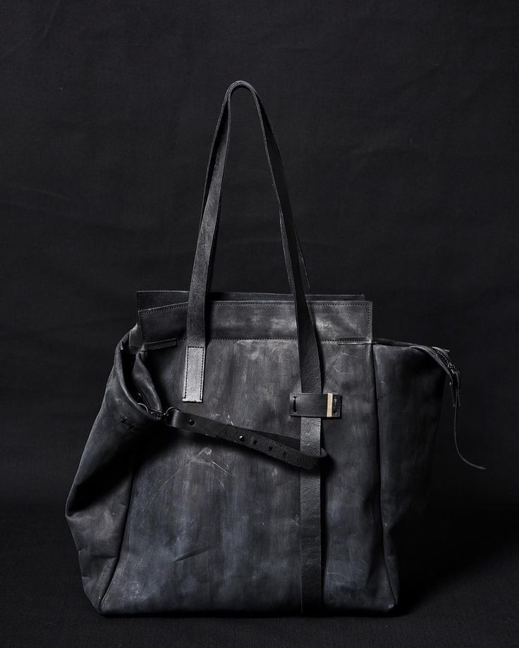 Leather tote bag 017Y Available in our online store YTN7.com ___________________________________ #ytn7 #leathertote #artisanalbags #black #avantgarde #dark #pfw2018 #avantgarde #blackleather #darkluxury #pfw #streetstyle #streetfashion #blackfashion #darkstyle #darkluxury #artisanal #avantgardefashion #parisfashionweek #pfw2018 #witch #darkbeauty #goth #alternative #witchstyle #alstyle