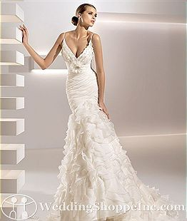 wedding dresses by Zoher morad- Lebanese designer: Wedding Dressses, Mermaids Wedding Dresses, Wedding Photography, Romantic Wedding, Wedding Ideas, Gowns, Mermaids Dresses, Spaghetti Straps, Flower