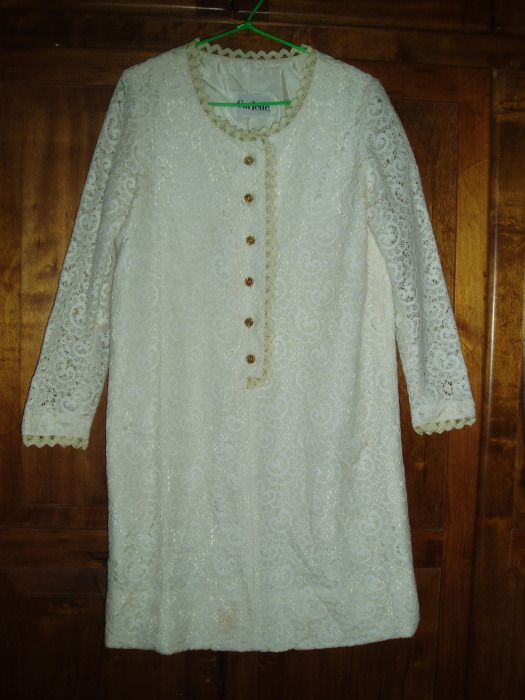 NEW FIND!  TRUE VINTAGE 1960'S LACE OVERLAY DRESSY DRESS