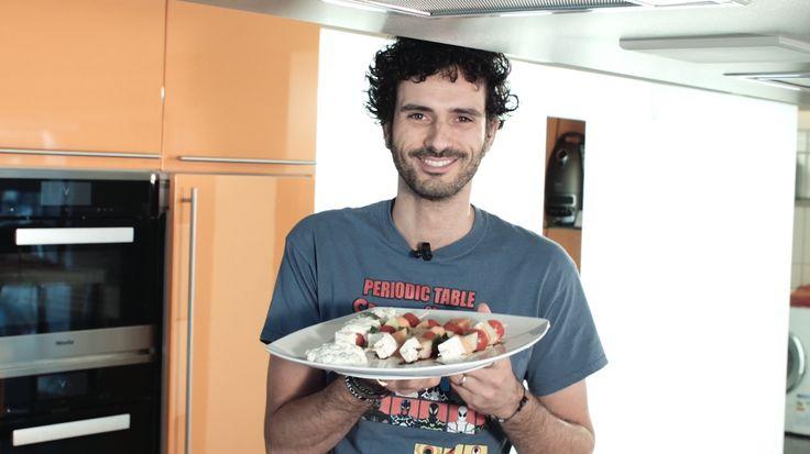 Le video ricette: pancake di ceci salato con burger di lenticchie e quinoa e crema di yogurt e rafano - Bello&Buono - Blog - Repubblica.it