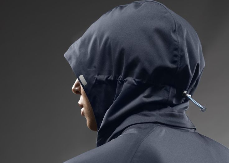 NIKE, Inc. - Nike Running Holiday 2012 Apparel Collection