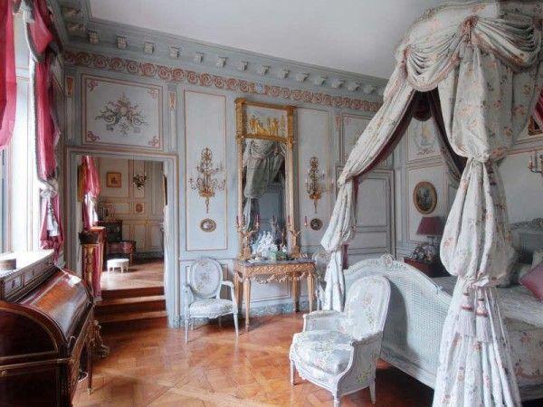 Les 25 meilleures id es de la cat gorie hotel particulier for Interieur 18eme siecle