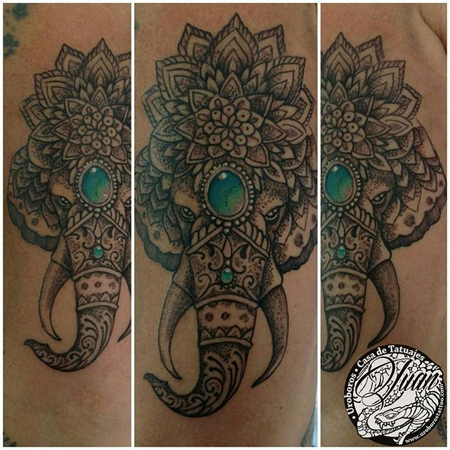L1 Buenos días, seguimos con la #manga #geometrica #flashera de Sandra #tattoo #tatuaje #mandala #mandalatattoo #elefante #elephant #uroborostattoo🐍 #tristansuarez manga,tattoo,elephant,mandala,tristansuarez,elefante,mandalatattoo,tatuaje,uroborostattoo🐍,geometrica,flashera