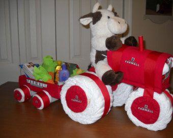 Farmall+Tractor+Diaper+Cake+cakepins.com