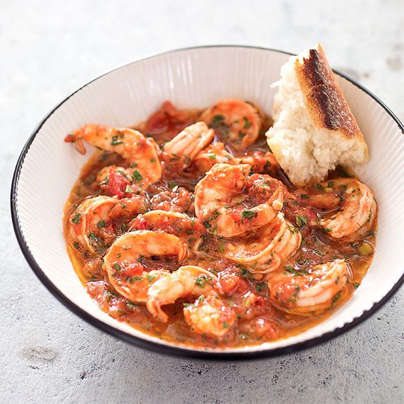 It's time for a batch of our spicy, garclicky Shrimp Fra Diavolo.