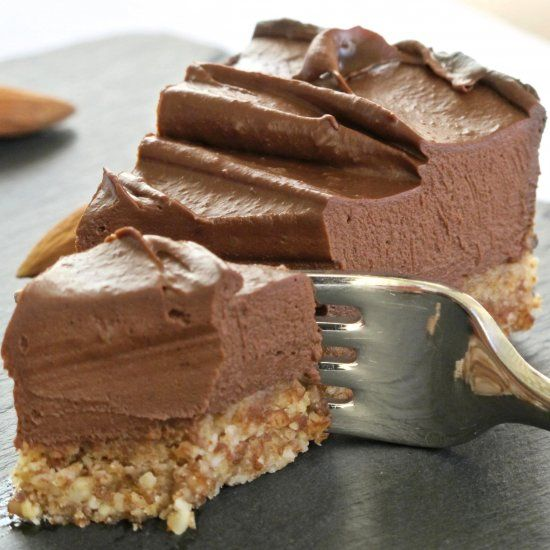 Raw Chocolate Cheesecake - raw, vegan, healthy and delicious.